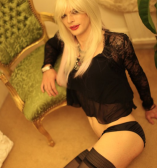 Feminine kinky Ellie for fun times in London, outcalls only
